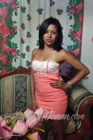 158969 - Yeisy Age: 40 - Colombia