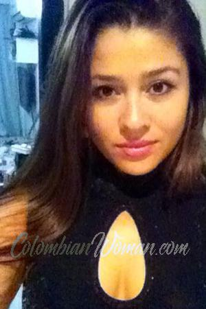 167794 - Yulieth Age: 34 - Colombia